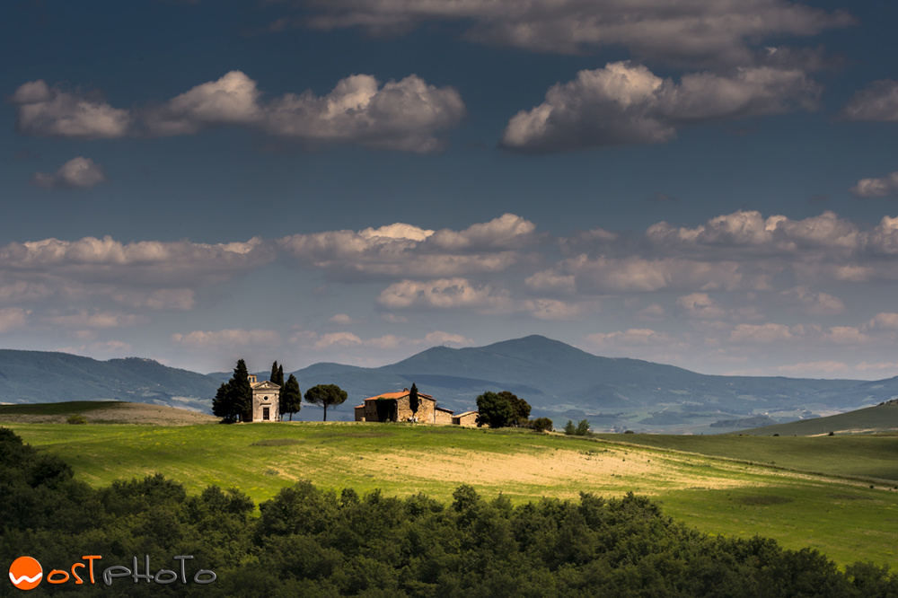Chiesetta di Vitaletta in Val d'Orcia, Tuscany, Italy